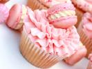 Cupcakes με macarons